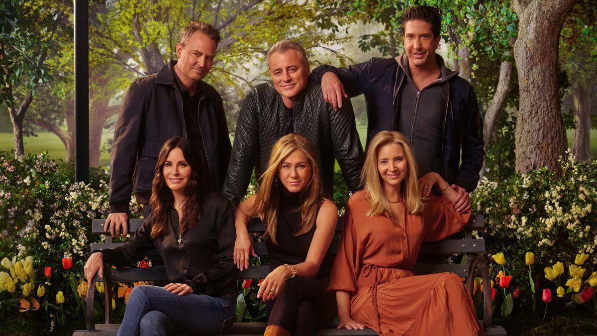 Imagen promocional del episodio especial que reunía de nuevo al equipo protagonista de la serie Friends.