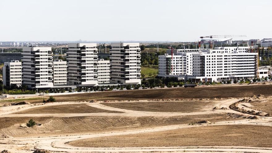 De encimeras a fachadas: la ola de materiales que hace que todos los edificios sean blancos