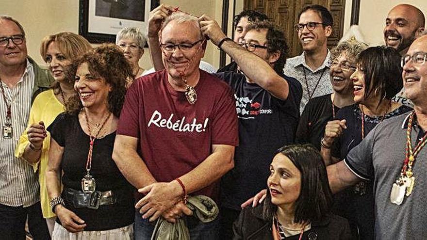 Cayo Lara acude a Zamora para celebrar el triunfo de Guarido