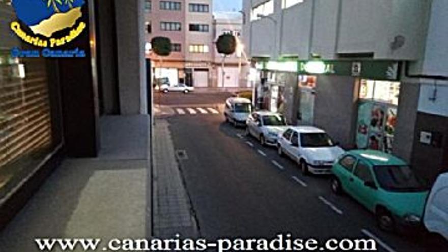 115.000 € Venta de piso en Doctoral (Santa Lucía de Tirajana) 80 m2, 2 habitaciones, 1 baño, 1.438 €/m2...