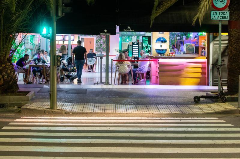 Última noche en Sabta Cruz de Tenerife antes de pasar a nivel 3 de riesgo por coronavirus