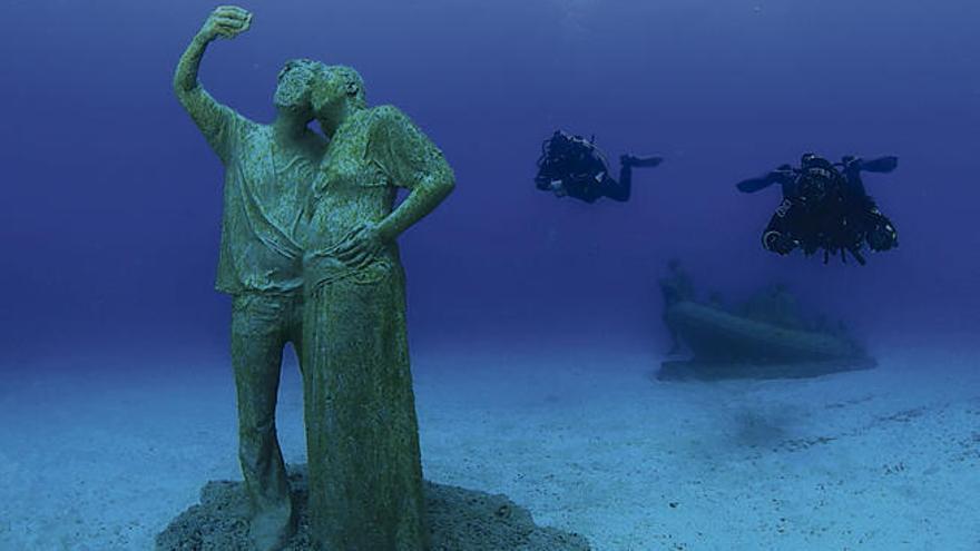 Guía submarina del Museo Atlántico de Lanzarote