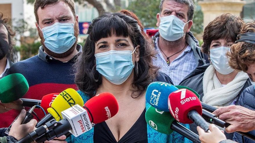 Teresa Rodríguez denuncia a Dina por decir que se apropió de dinero de Podemos