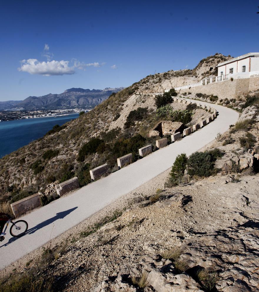 Los 6 faros que puedes visitar en la provincia de Alicante