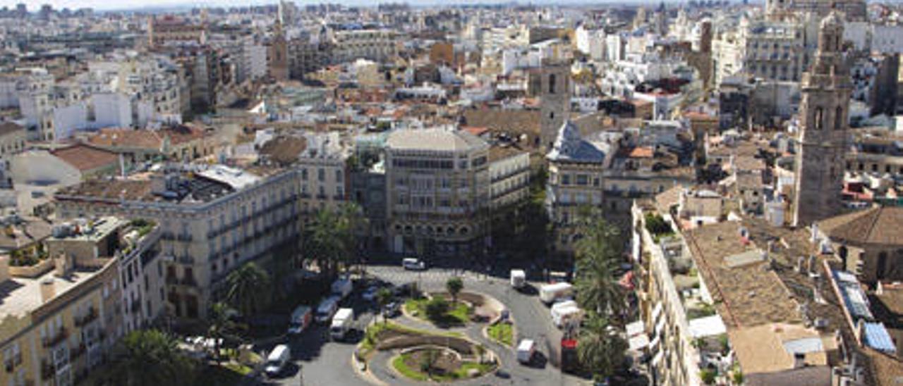 El ayuntamiento debate si instaura los referéndums impulsados por vecinos
