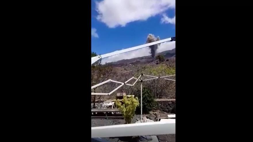 """""""Hay tiempo de comer sin problema"""": la vitoreada frase de un palmero ante la erupción del volcán"""