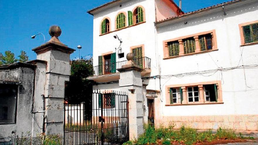 Wohnungen oder Kaserne - was wird aus dem alten Soldatenheim?