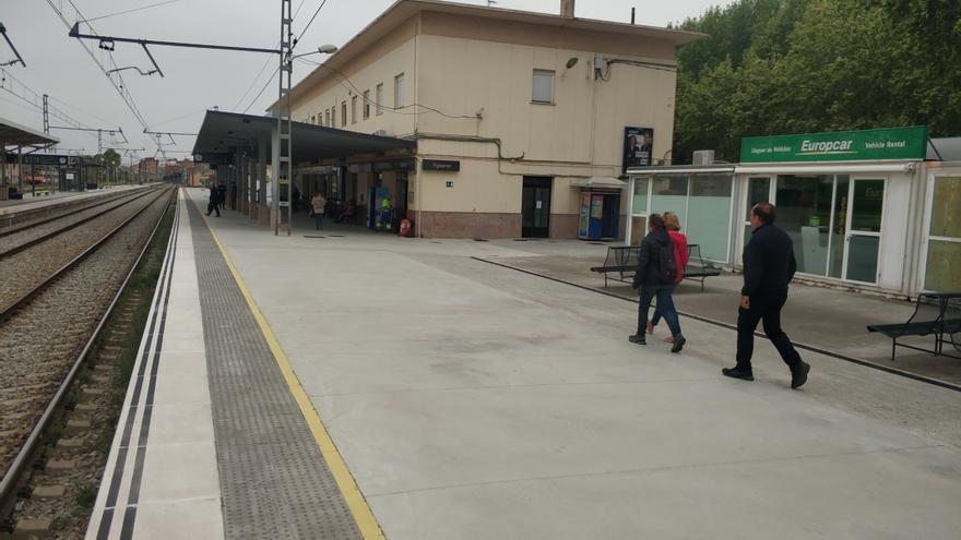 Una incidència en un túnel causa retards de més de mitja hora a l'R11 entre Figueres i Portbou