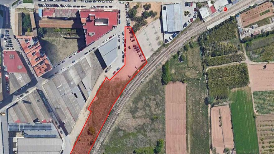 Paiporta habilita un aparcamiento de vehículos de 2.300 metros cuadrados