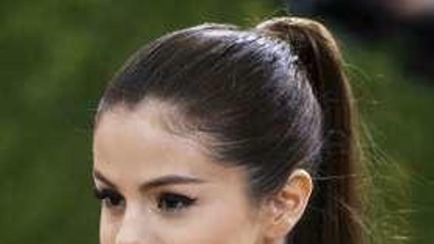 """La cantante Selena Gómez ingresa en un psiquiátrico tras una """"crisis emocional"""""""
