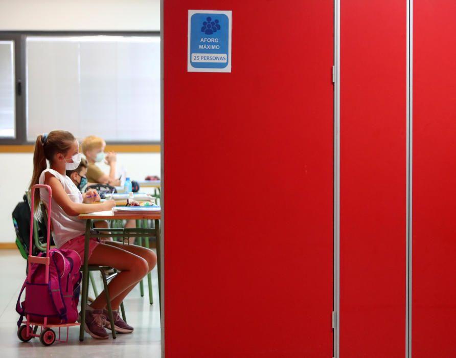 Tornada a classe a l'escola Benimaclet de València