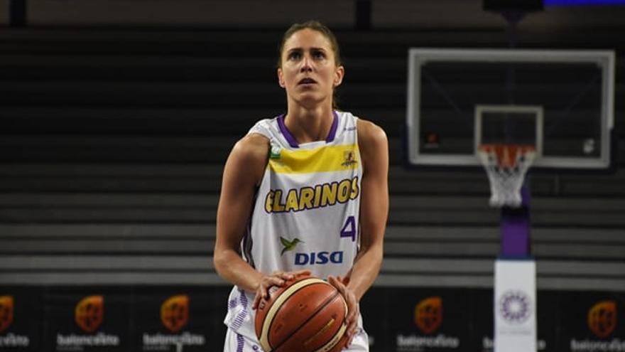 Laura Fernández, experiencia y dirección de juego para el CAB Estepona