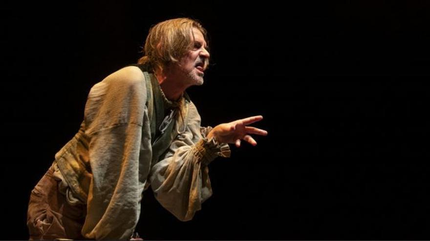 Un hombre lobo, a juicio en el Teatro Villa