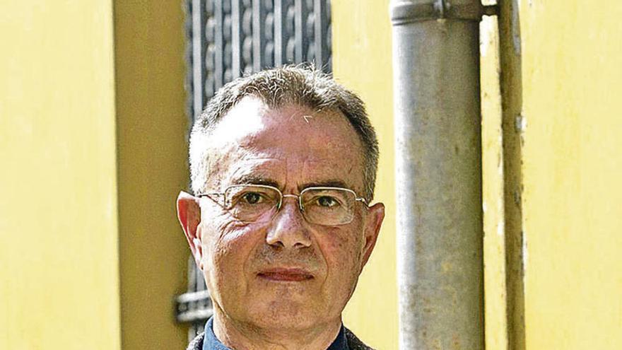 """López Cerezo: """"Estar familiarizado con la ciencia te hace más cauto, no te dan gato por liebre"""""""