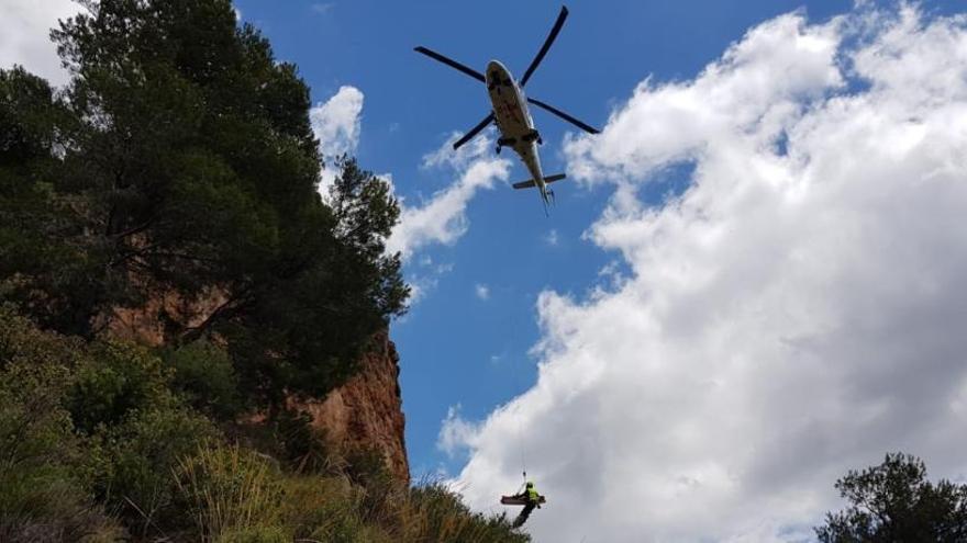Dos escaladores heridos tras caer de varios metros de altura en València y Alicante