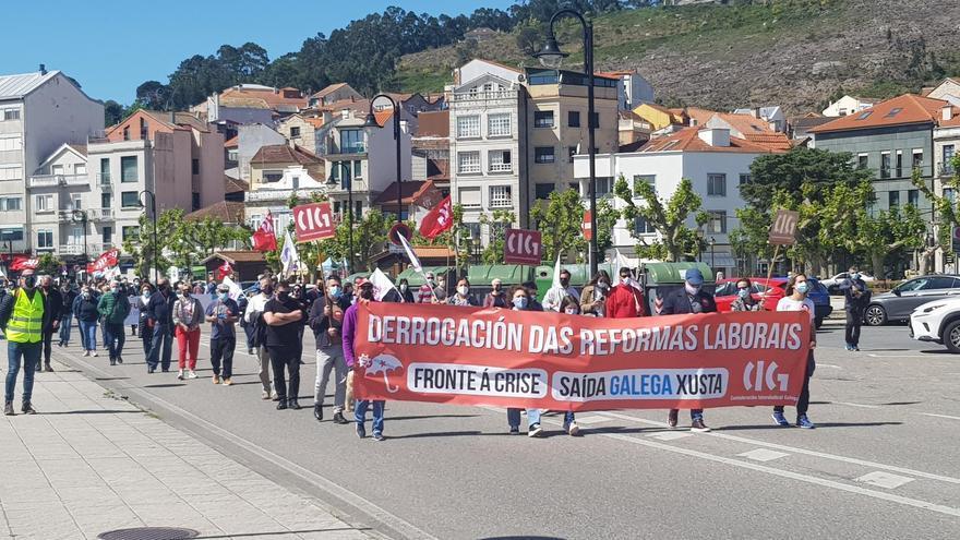 """La CIG se manifiesta por Cangas para exigir """"trabajo en Galicia"""""""