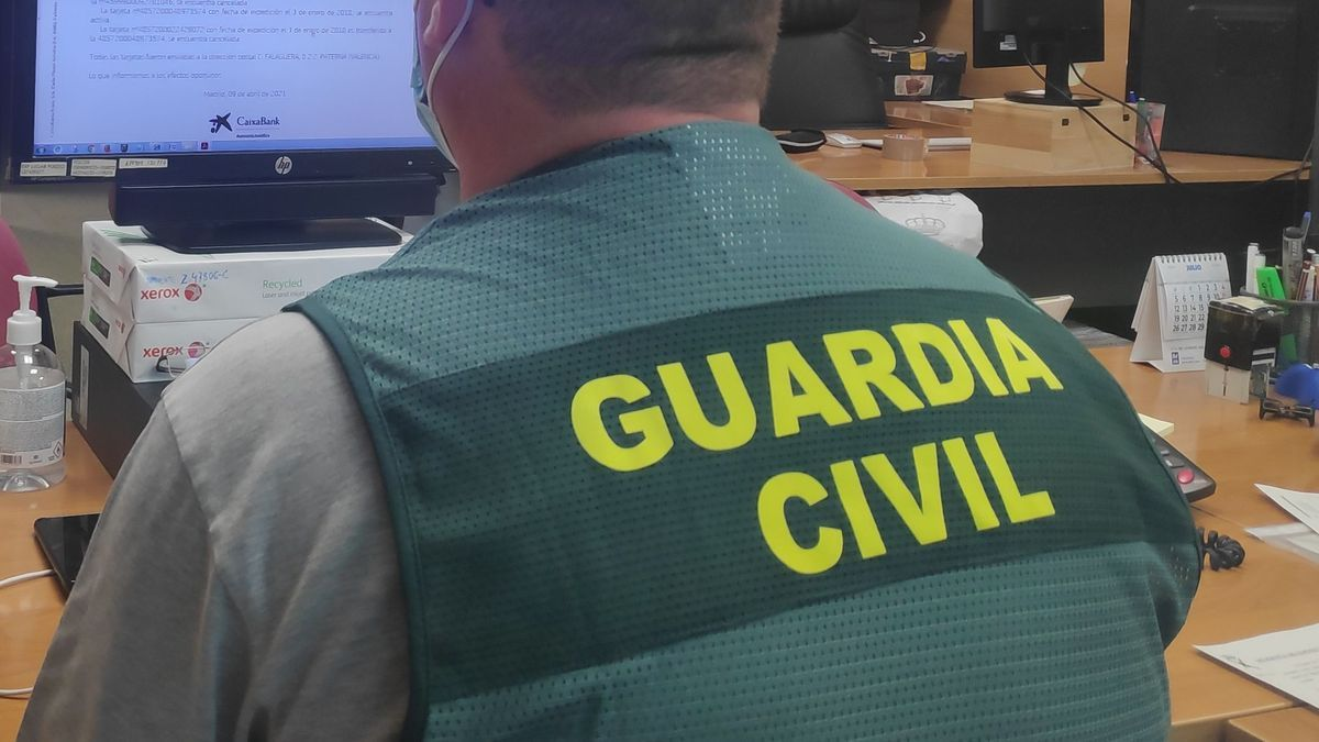 Un agente de Guardia Civil