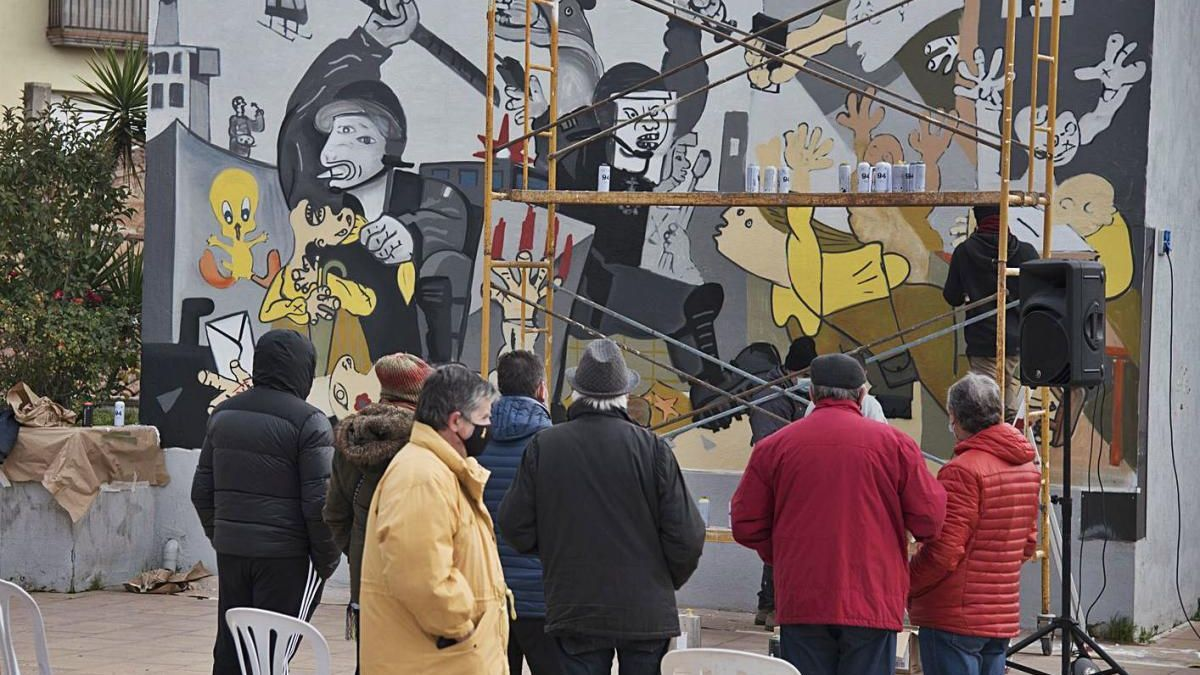 Moià persevera per recuperarel mural inspirat en el Guernica