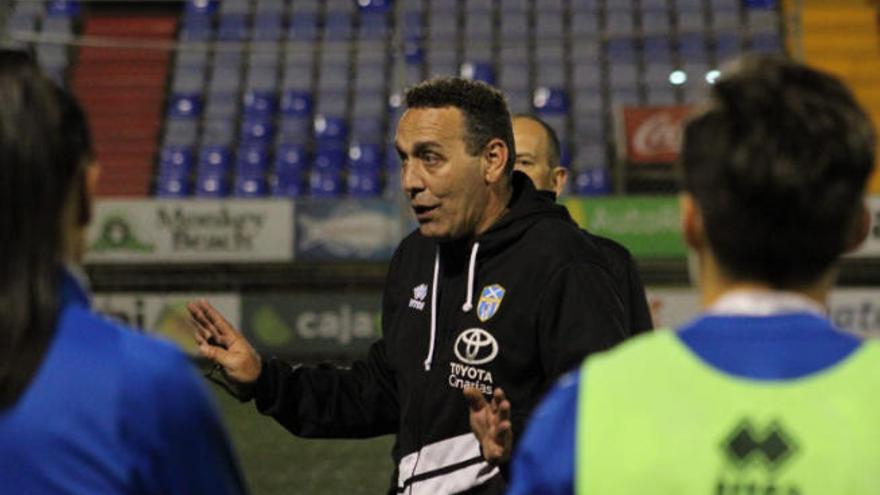 Aplazado el FC Barcelona-UDG Tenerife por dos casos de Covid-19