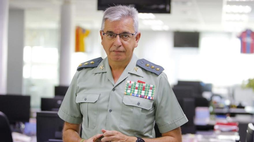 El exjefe de la UCO al que cesó Marlaska deja la Guardia Civil
