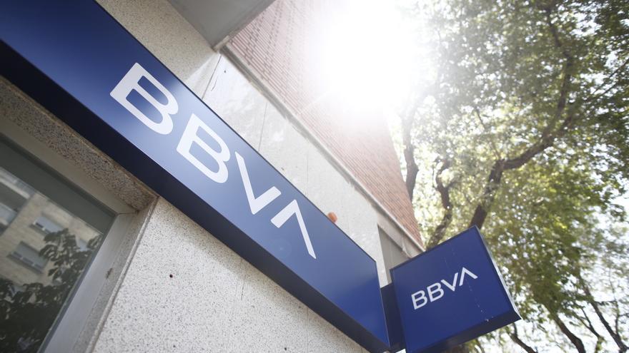 BBVA estudia aplicar un ERE que afectará a 3.000 empleados