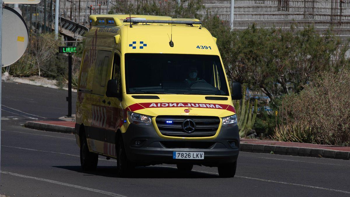 Una ambulancia del SUC.