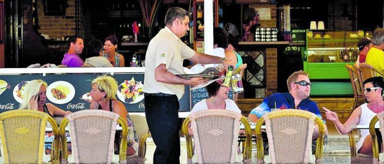 El sector turístico es el que más acapara la figura del trabajador fijo discontinuo.