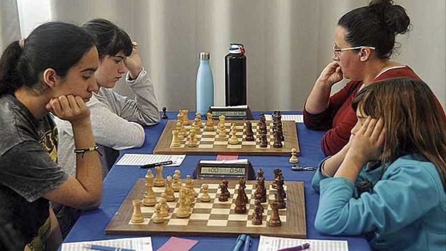 Insular individual femenino de ajedrez