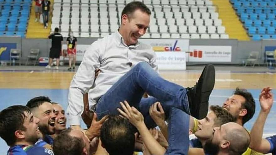 Paco Garabal abandona el A Estrada Futsal