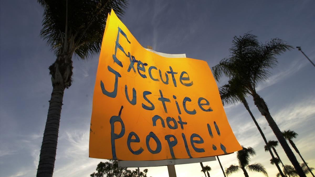 Pancarta en contra de la pena de muerte en Estados Unidos.