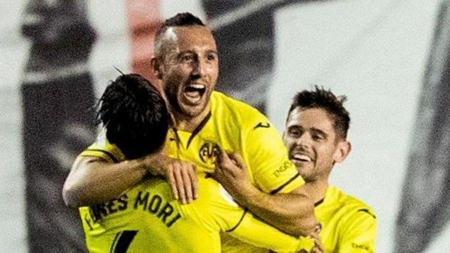 El Villarreal saca el billete a octavos con suspense ante el Rayo