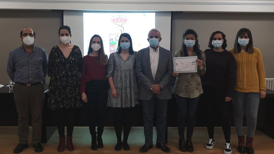 El Colegio de Médicos de Zamora beca a cinco residentes para mejorar su formación