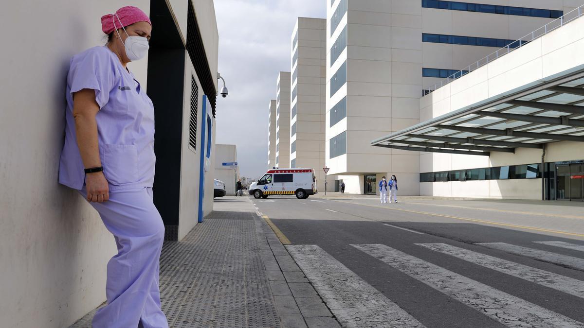 Una enfermera en un hospital de València