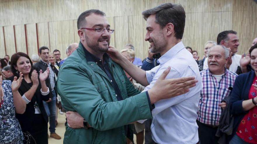 Barbón y Pérez acuerdan el reparto proporcional de los delegados al congreso regional
