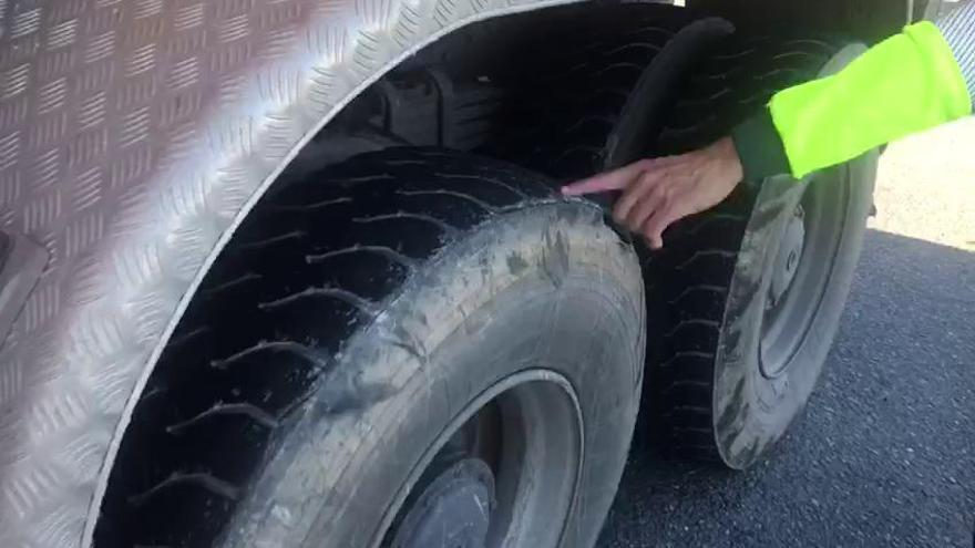 Tráfico vigila en Galicia el estado de los neumáticos