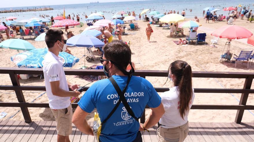 Torrevieja controlará el aforo de sus paseos marítimos este verano