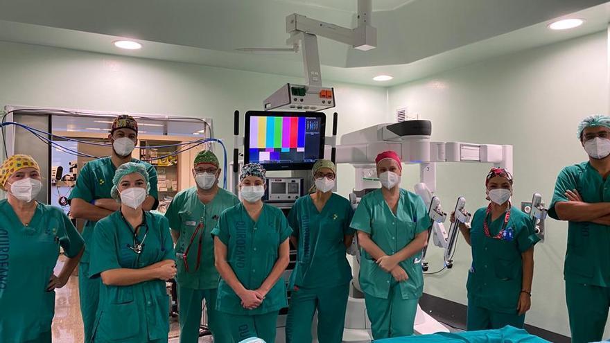 El Negrín realiza las primeras cirugías robóticas mínimamente invasivas para tratar el cáncer de esófago