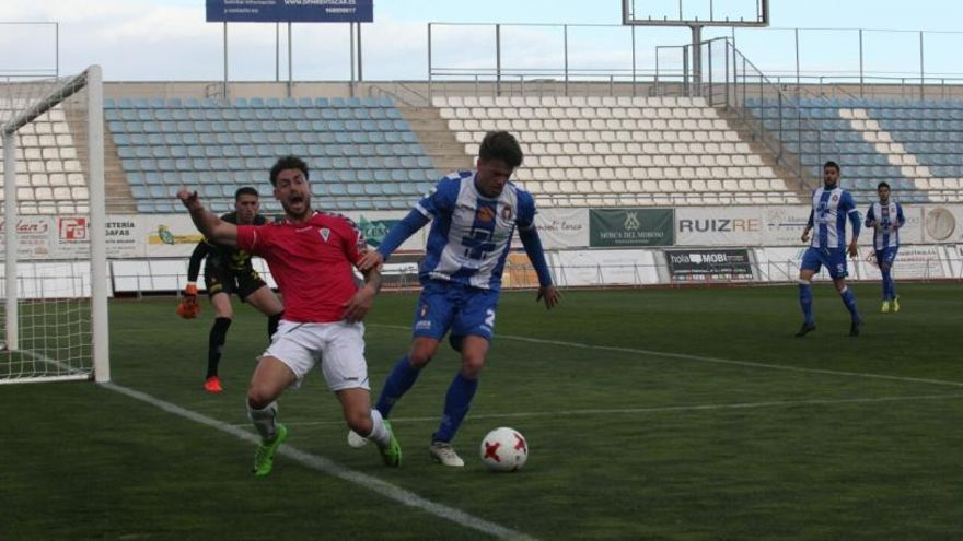 El Lorca Deportiva suma un punto ante el líder
