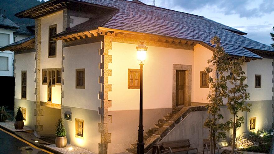 La campaña #tineoteespera triunfa en el verano asturiano