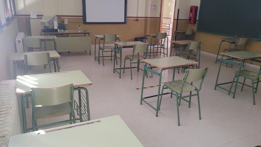 La Junta decide cerrar la actividad docente presencial de dos centros de Doña Mencía