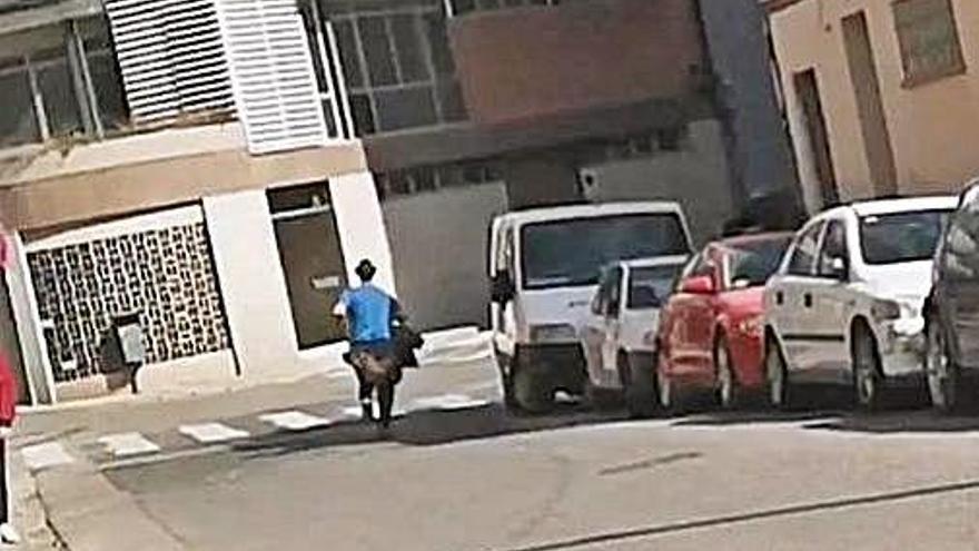 Dues noies més denuncien als Mossos l'assetjament d'un vianant a Manresa