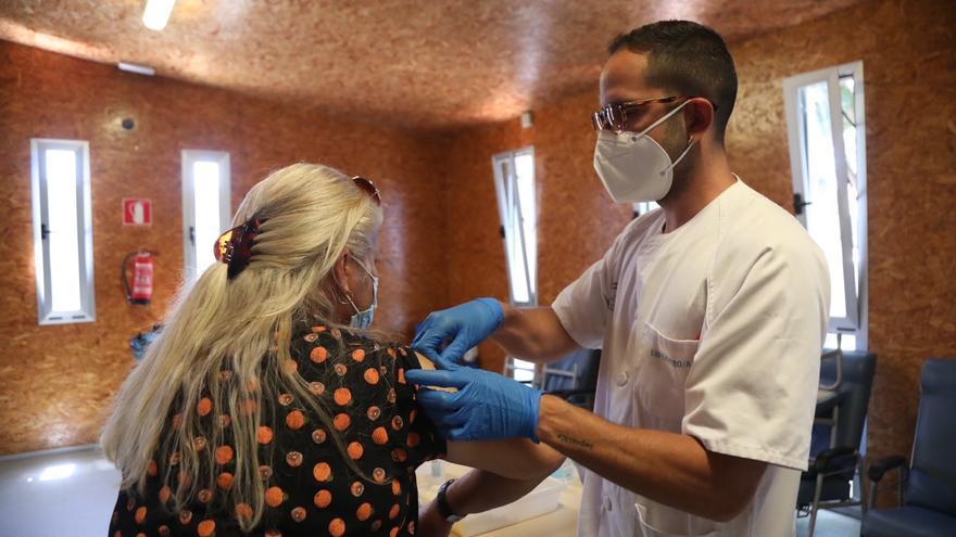 Comienza en el albergue de Málaga la vacunación a personas sin hogar