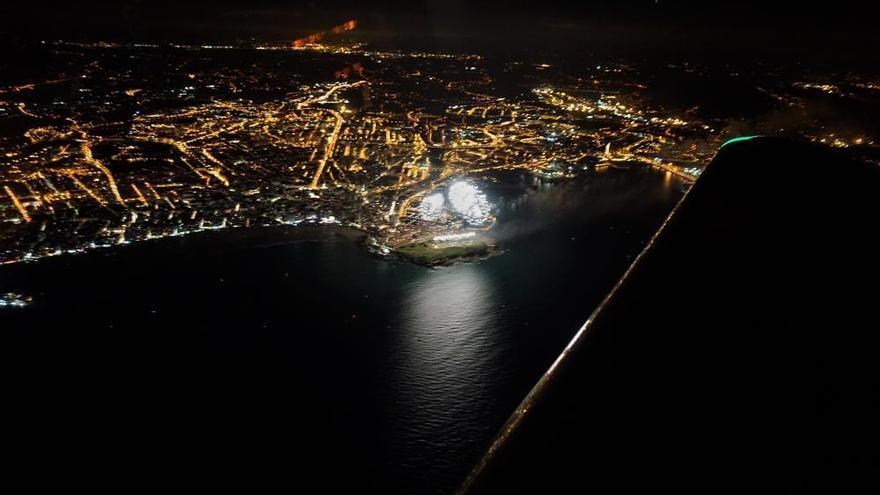 La increíbles fotos desde el aire de una (insuperable) noche de los Fuegos de Begoña