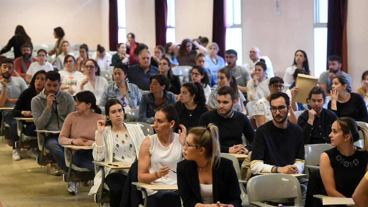 Opositores en las pruebas para maestros de Educación Primaria Secundaria e Idiomas de 2019.