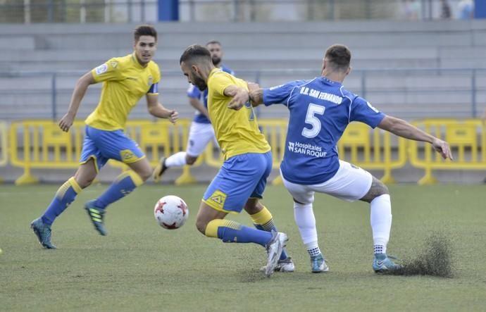 04/11/2017 LAS PALMAS DE GRAN CANARIA. Partido Fútbol UD Las Palmas C - San Fernando. FOTO: J. PÉREZ CURBELO