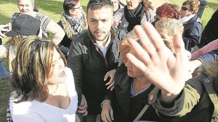 El PSOE insta a Menacho a dimitir como candidato
