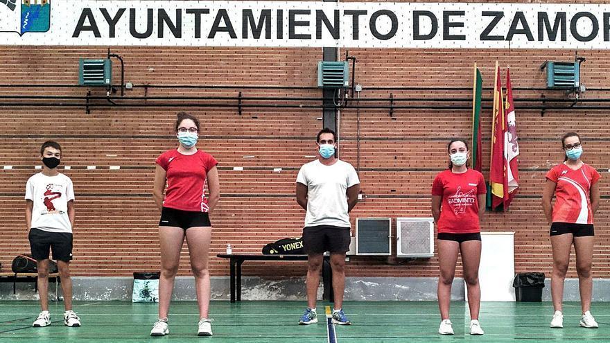 Bádminton Zamora regresa a la acción en el Manuel Camba