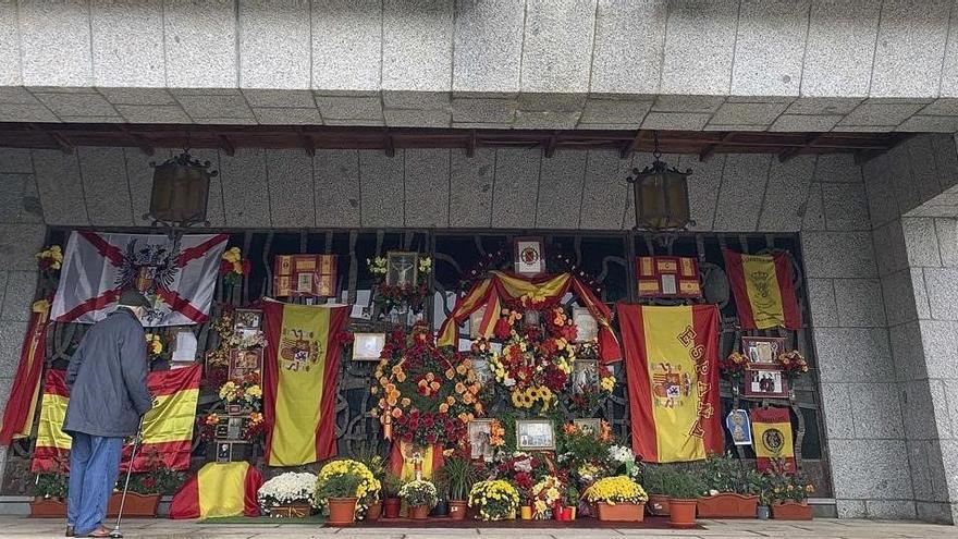 El franquismo erige en El Pardo un altar al dictador