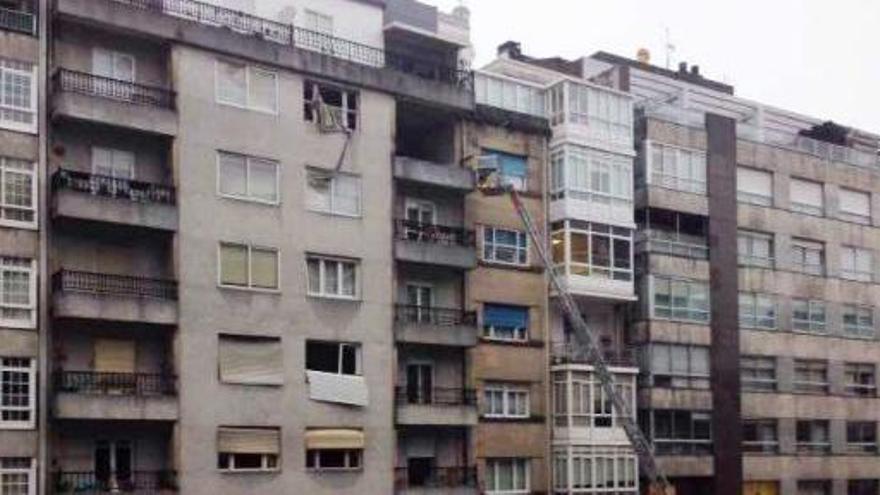 Un muerto y varios heridos en una explosión de gas en Vigo