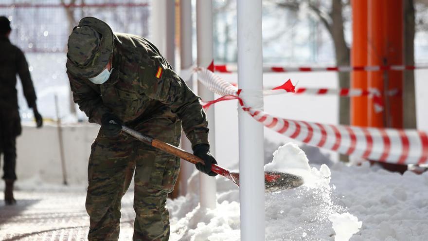La UME deja de prestar ayuda en Madrid al bajar la comunidad el nivel de emergencia